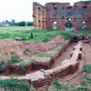 Archeologiczne tajemnice pałacu w Różanie