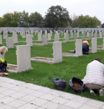 Jesienne porządki na Cmentarzu z wojny polsko-bolszewickiej w Brześciu