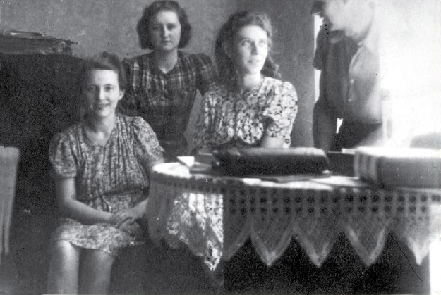 Siostry Trebuchowskie: Leokadia, Danka i Janka