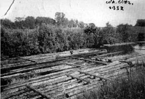 Spław drewna na Kanale Królewskim (fot. 1937 r.)