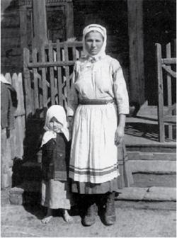 Poleszuczka z dzieckiem w dzień świąteczny (fot. jw.)