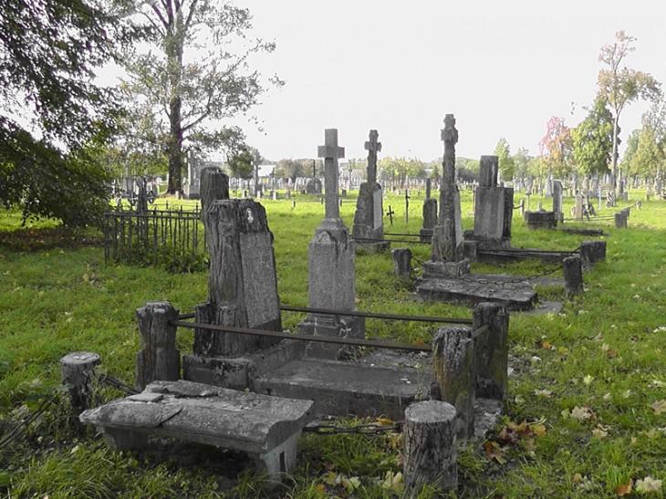 Stary cmentarz rzymsko-katolicki w Pińsku