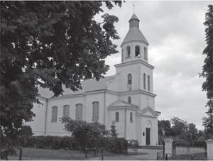 Kościół w Darewie zbudowany przy pomocy żołnierzy i oficerów polskich