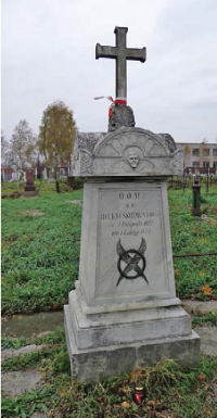Nagrobek Heleny Skirmunt na miejskim cmentarzu w Pińsku.