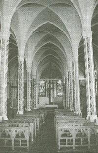 Wnętrze Kościoła San Saturnino w Santiago - Parafia rodzinna Domeyków