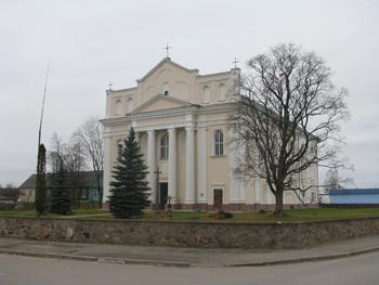Kościół katolicki pw. św. św. Kosmy i Damiana (1785-1787) w Ostrowcu