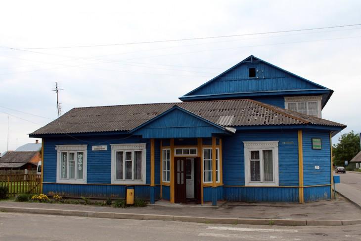 Hotel w Dawidgródku. W okresie międzywojennym w mieście było pięć hotelików żydowskich. Dziś pozostał tylko jeden, ale i ten wkrótce ulegnie zburzeniu
