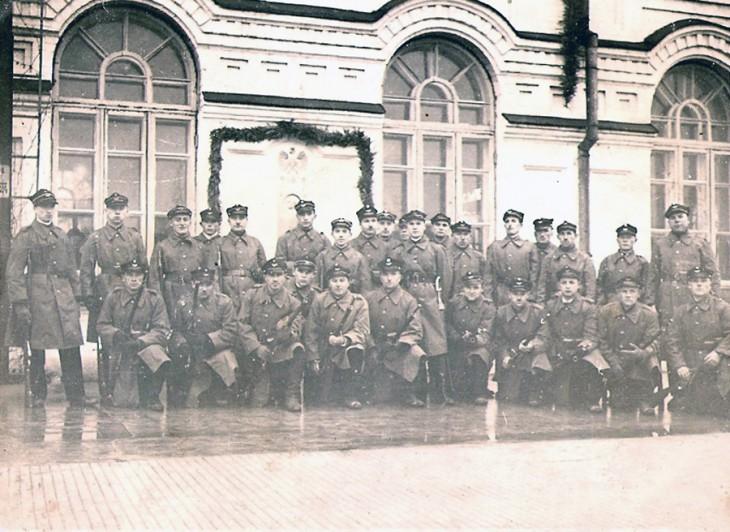 Przy stacji kolejowej Baranowicze