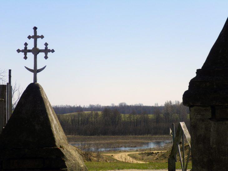 Cmentarz w Nowej Myszy. Brama