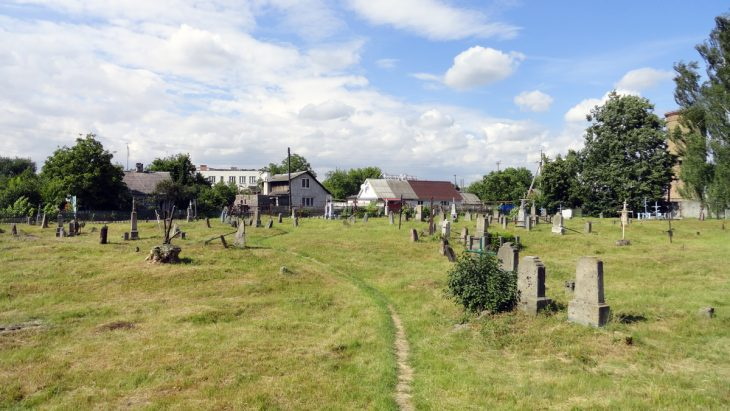 Zapomniany cmentarz w Brześciu