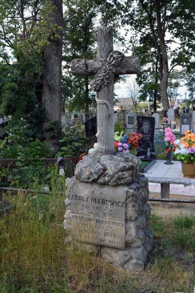 Cmentarz w Prużanie. Grób powstańca styczniowego Alfreda Hlebowicza