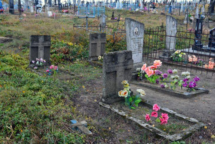 Cmentarz w Łohiszynie. Groby żołnierzy WP z 1920r.