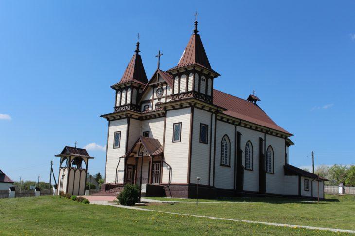 Kościół Św. Jerzego w Połoneczce wzniesiony w 1899 roku przez Alberta Radziwiłła
